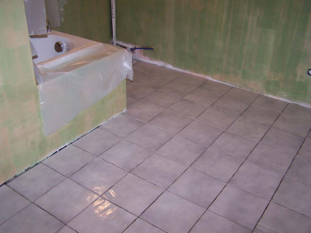 Carreaux platre hydrofuge carrelage for Colle carrelage salle de bain